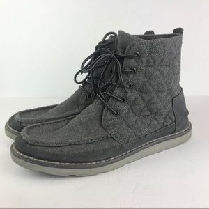 Toms   Searcher Castlerock Boot Gray Quilted Men's